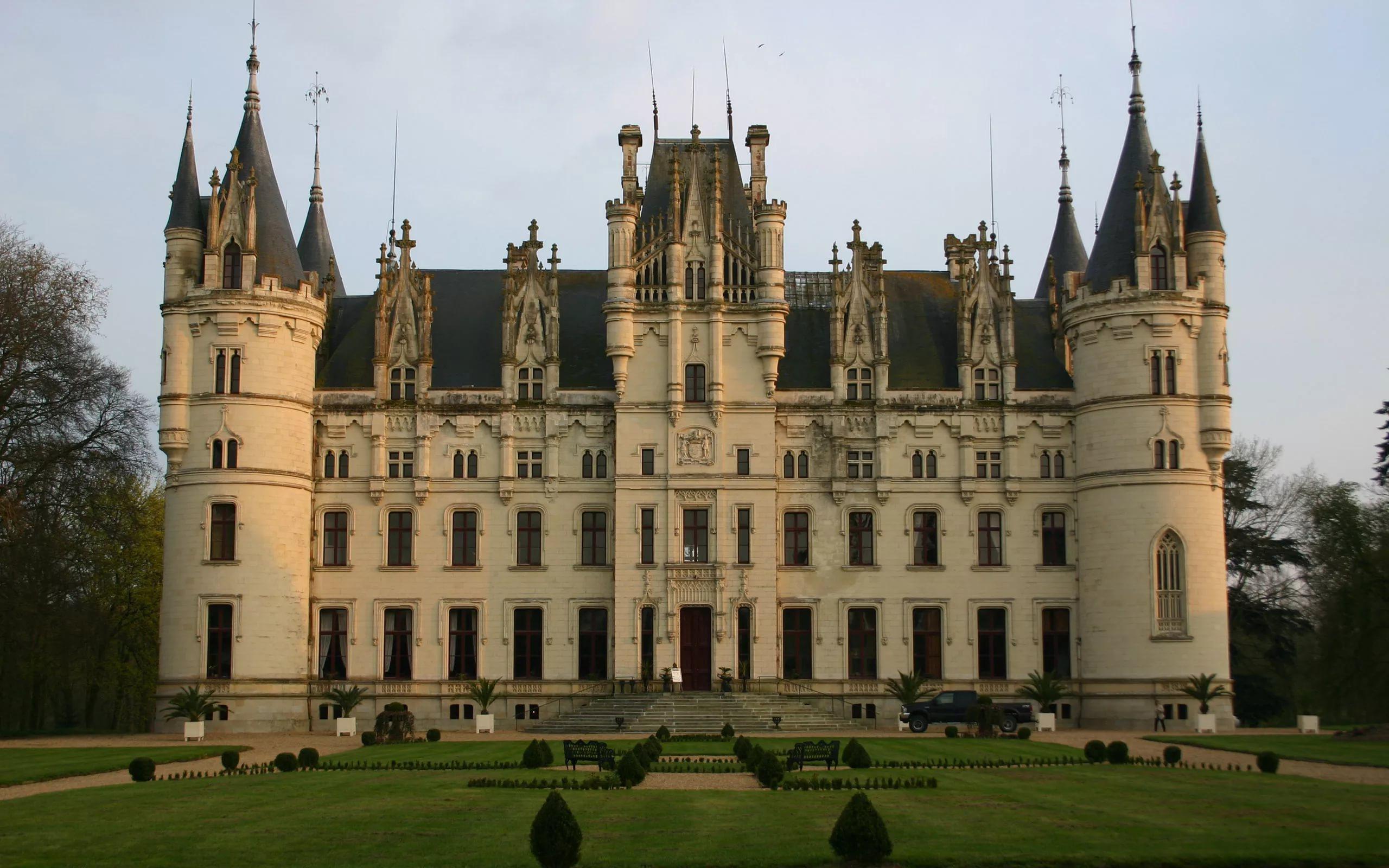 Строительство замка как аналогия работы над построением бизнес-процессов компании